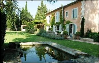 Private Provence Rental House and Carp Pool